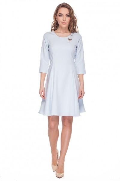 233d06a8c2 Błękitna-lekko-rozkloszowana-sukienka-De-Facto