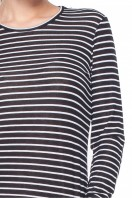 Bluzka-typu-basic-w-czarno-białe-paski-Rabarbar-4