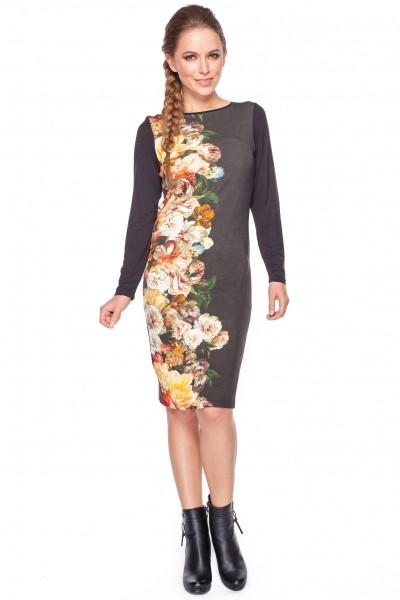 Czarna-sukienka-w-kolorowe-kwiaty-Kumi