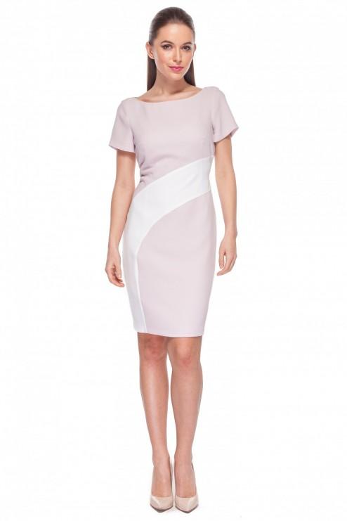 Różowa-sukienka-z-białą-wstawką-Kumi