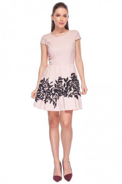 Sukienka-we-wzory-De-Facto