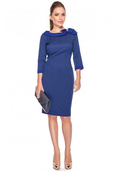 Sukienka-z-wiązanym-kołnierzykiem-La-Robe